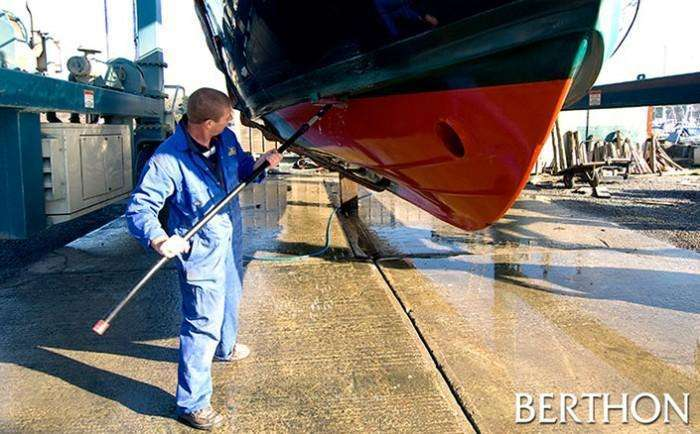 Berthon - Lift and Scrub at Berthon Lymington Marina