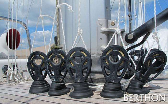 Berthon - Halyard mouse lines on sailing yacht