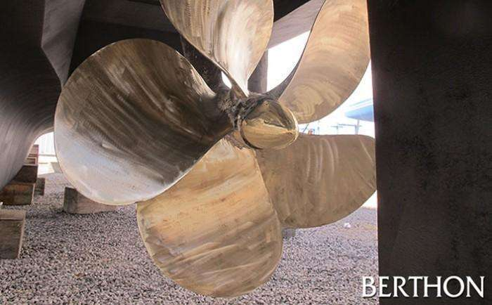 Berthon - motoryacht burnished props