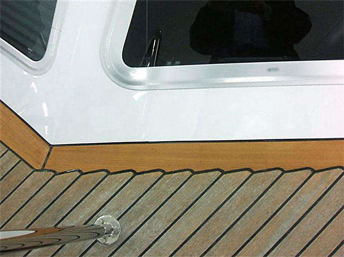 A beautifully bonded and caulked deck. (figure 3)