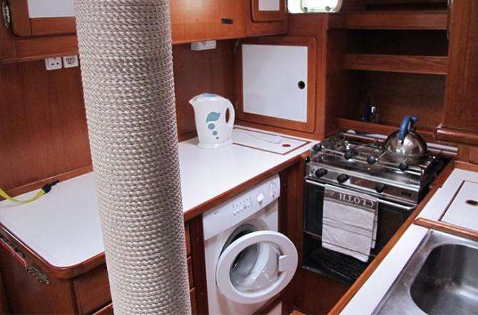 ludwig-saxe-53-galley-670x441