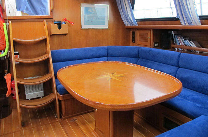 Saloon photo of Northwind 50
