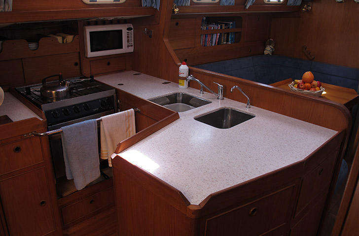 bowman-42-indra-galley