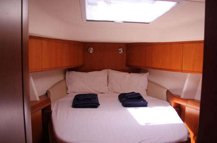 Moody 56 Forward cabin