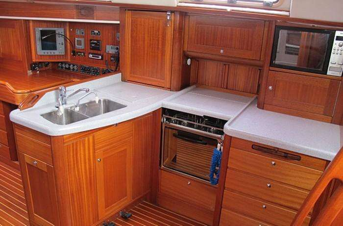 Galley Sweden Yachts 45 for slae