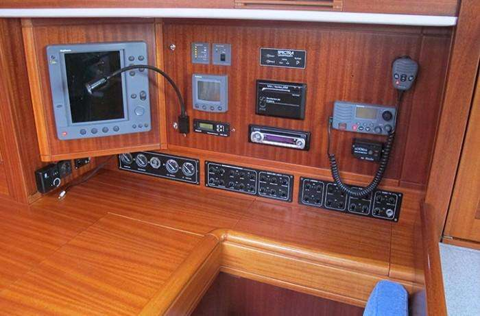 Chart table Sweden Yachts 45