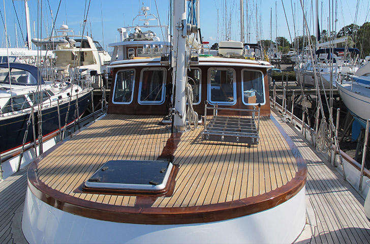 Deck looking aft TRICIANA Porsius Ketch