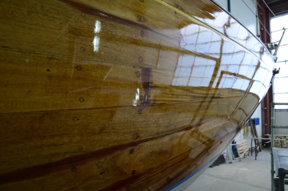 Varnishing by Berthon Boat Company