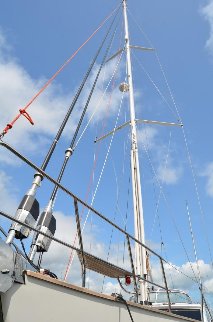 Yacht at Berthon having a complete mast and rigging replacement at Berthon