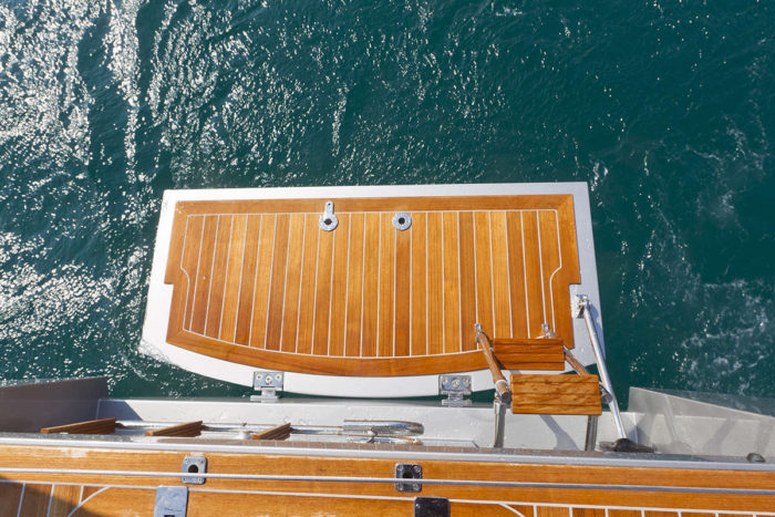 Solaris 37 Bathing Platform Deck Layout