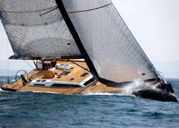 Solaris 58 under sail