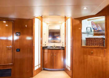Carver 530 Voyager Pilothouse 39
