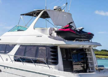 Carver 530 Voyager Pilothouse 85