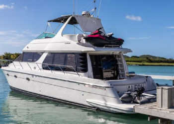 Carver 530 Voyager Pilothouse 86
