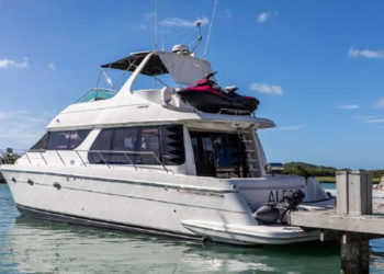 Carver 530 Voyager Pilothouse 87