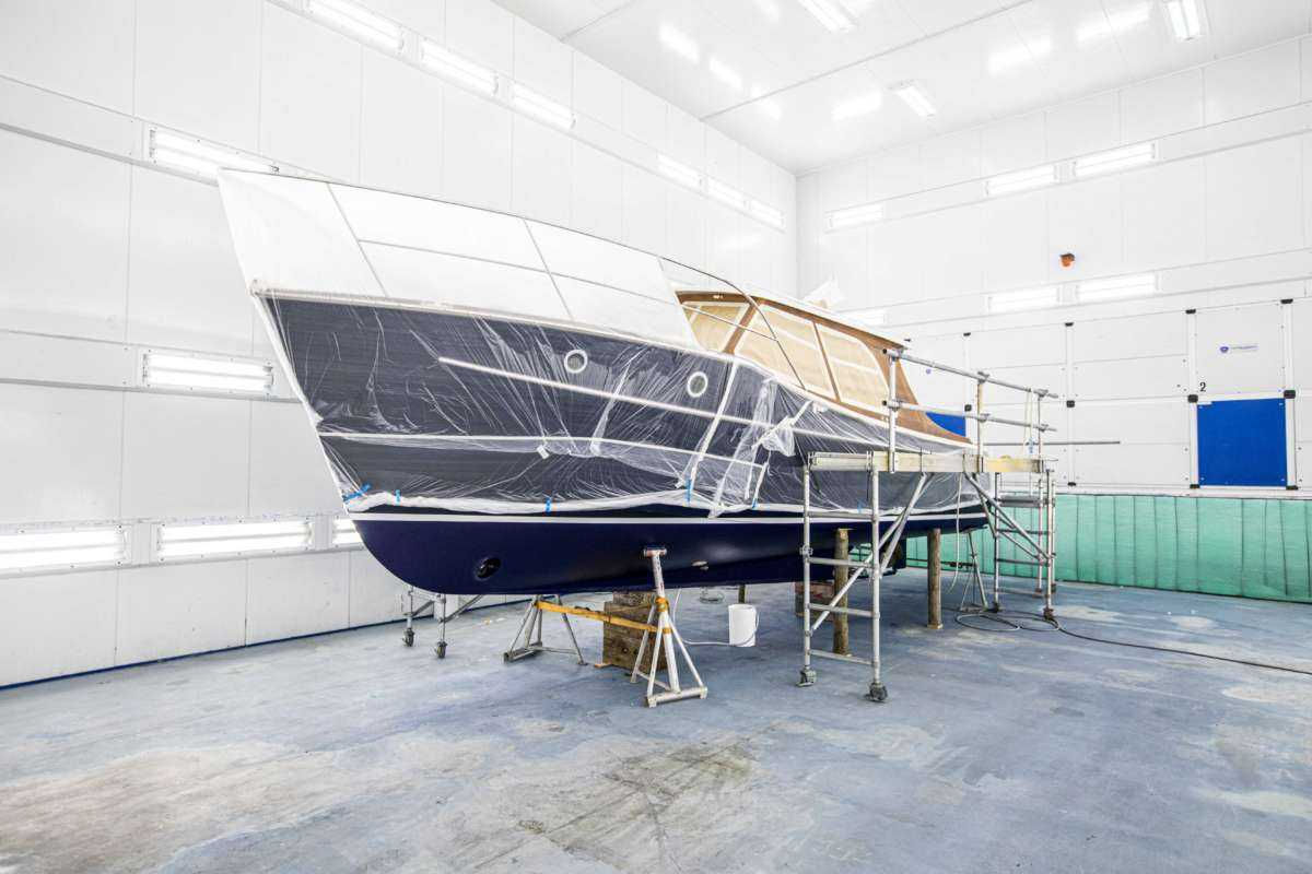 Berthon Boat Company, World Class Painting - Cockwells 33 IMPULSIVE