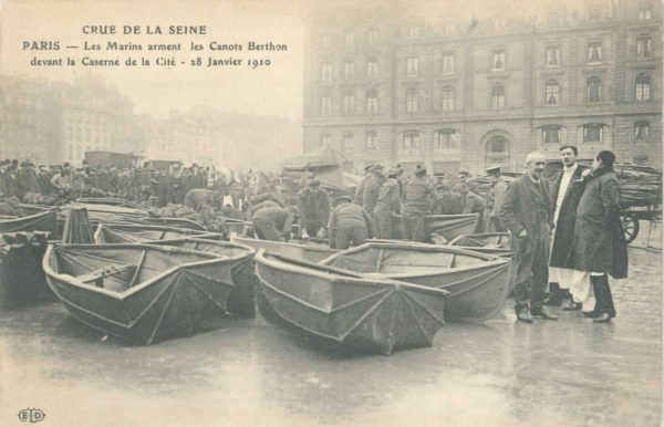 Berthon Collapsible Lifeboat being used during the Paris flood of 1910. Crue De La Seine