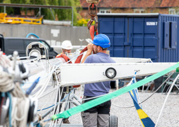 Preparing a yachts mast before being stepped